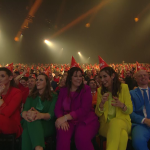 Wereldrecord: Largest gathering of people wearing conical partyhats (blog)